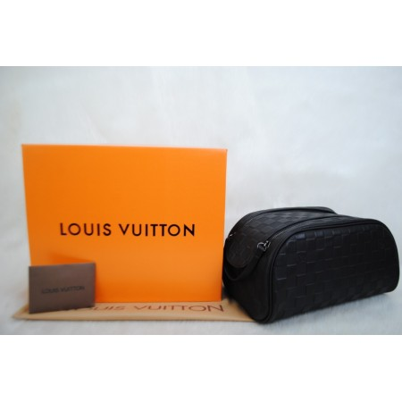 LOUIS VUITTON İNFİNİ KING SIZE TOILETRY BAG