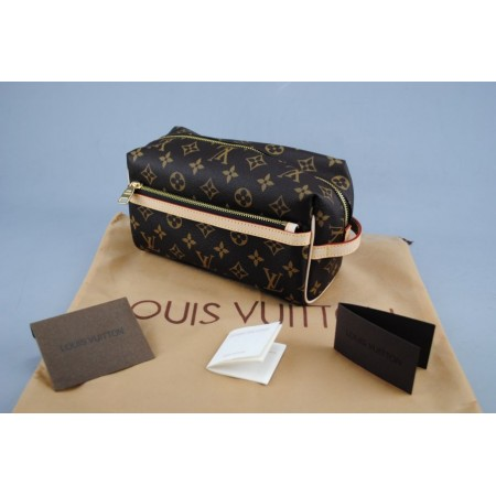 LOUIS VUITTON TOILETRY KIT MONOGRAM CANVAS