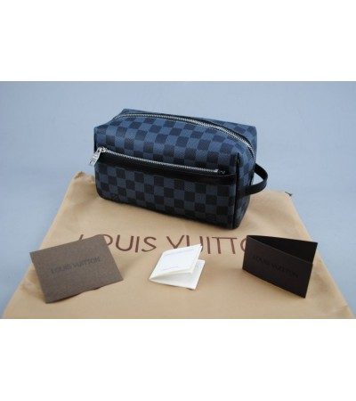 LOUIS VUITTON TOILETRY KIT DAMIER GRAPHITE