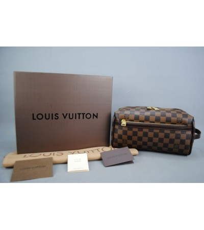 LOUIS VUITTON TOILETRY KIT DAMIER CANVAS